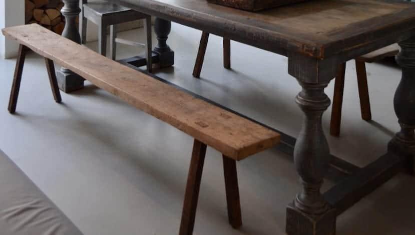 Oude houten bank cedante brocante interieurstyling